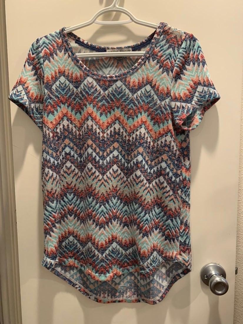 Multicolored knit Top - chevron pattern