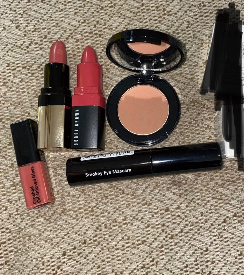 Bobbi Brown makeup/skincare bundle