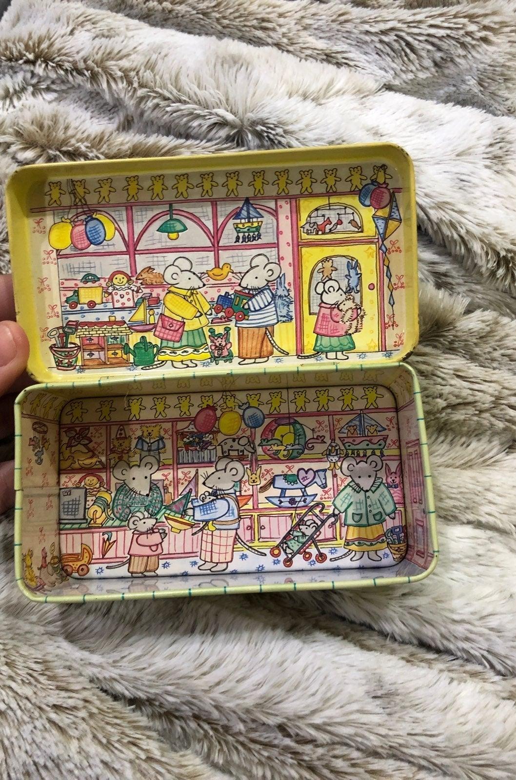 Little mouse toy shop vintage metal box