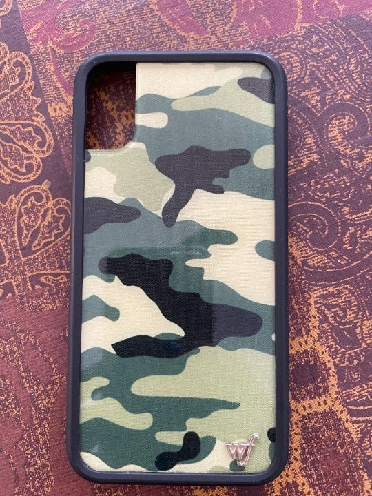 Wildflower iPhone Xs Case Green Camo
