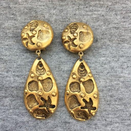 VTG signed craft shell Earrings