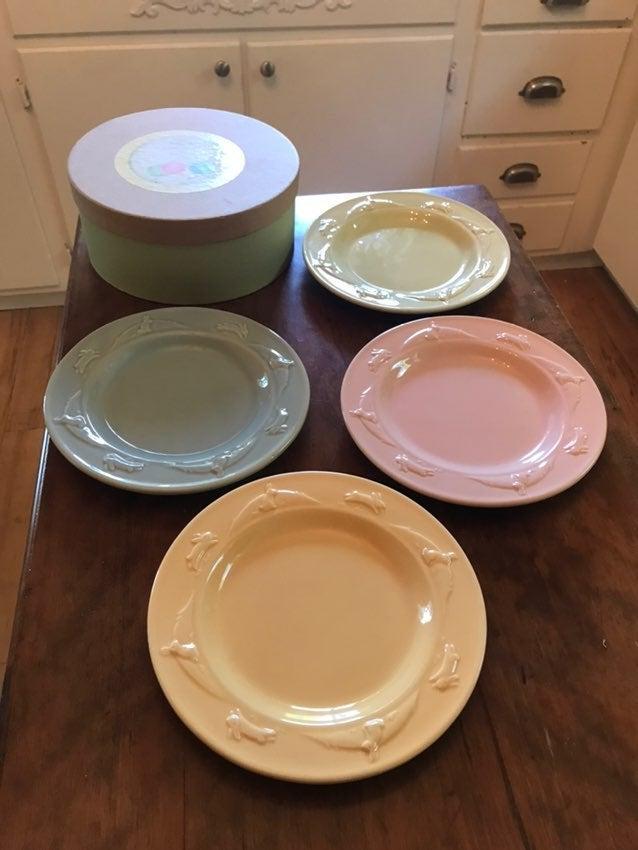 Hallmark pastel bunny plate set of 4