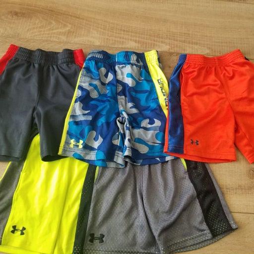 Under Armour Boys Shorts Lot Size 4
