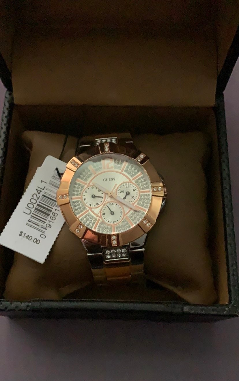 NWT Guess Watch for women