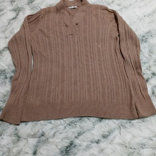 Croft & Barrow women's sweater