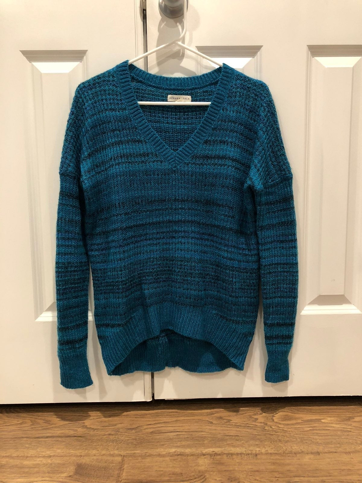 Like new blue stripe Aeropostale sweater