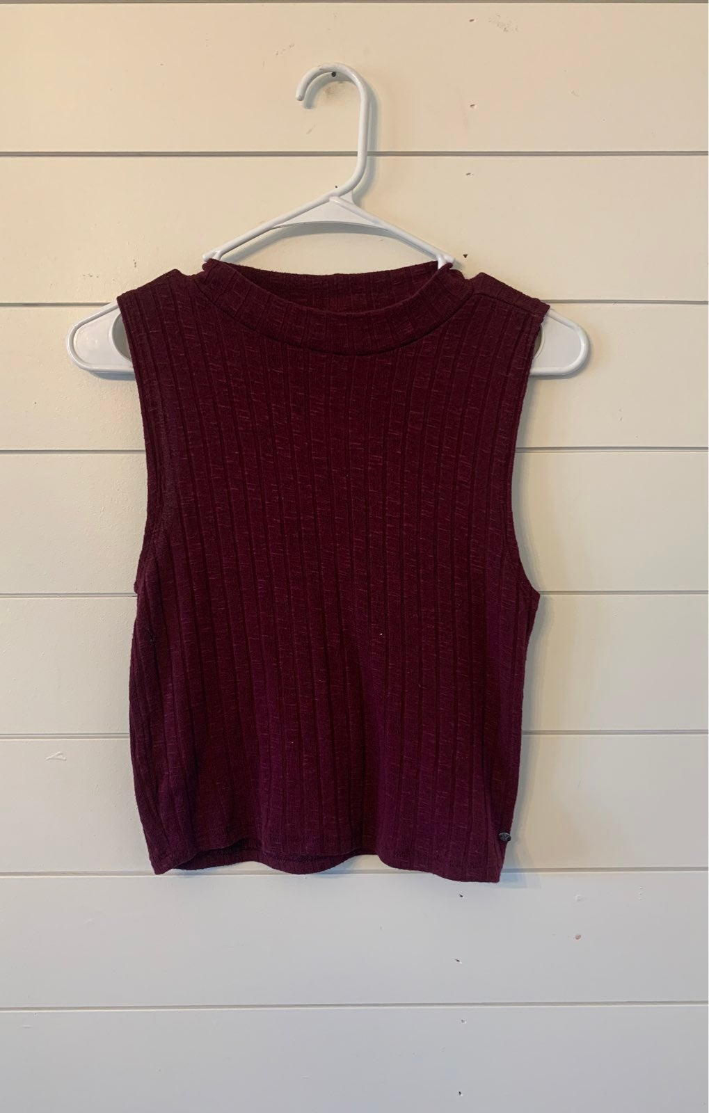 american eagle crop size small like new