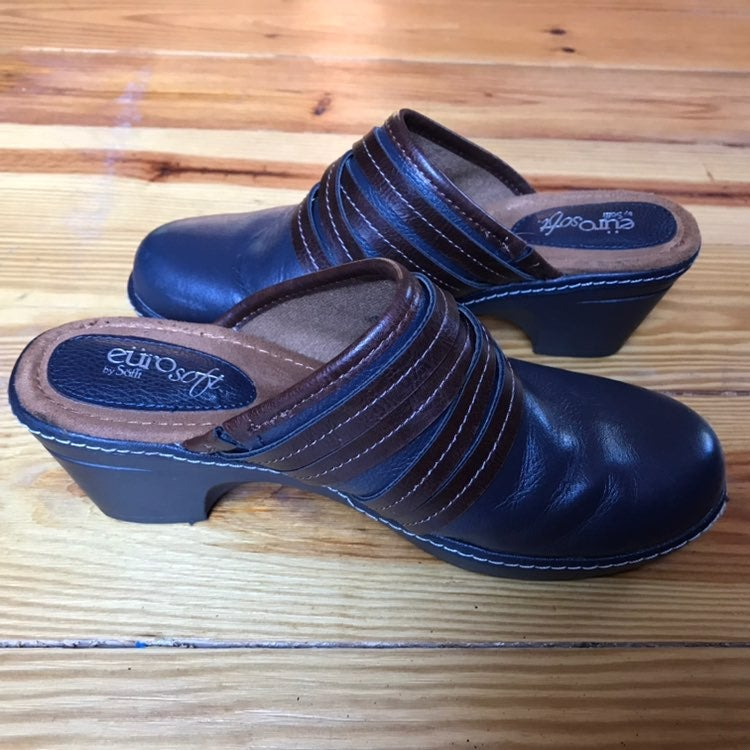 Sofft EuroSoft Blue-and-Brown Clogs 39/9