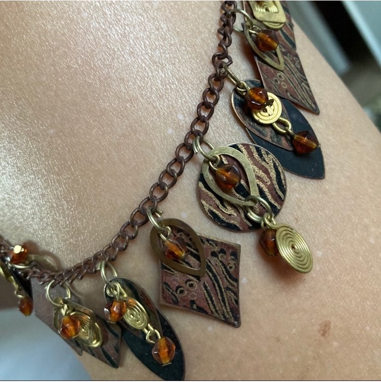 Beautiful fashion statement necklace