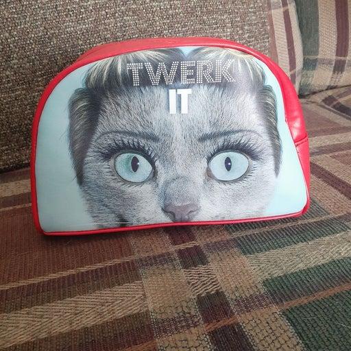 Twerk It Boutique makeup bag