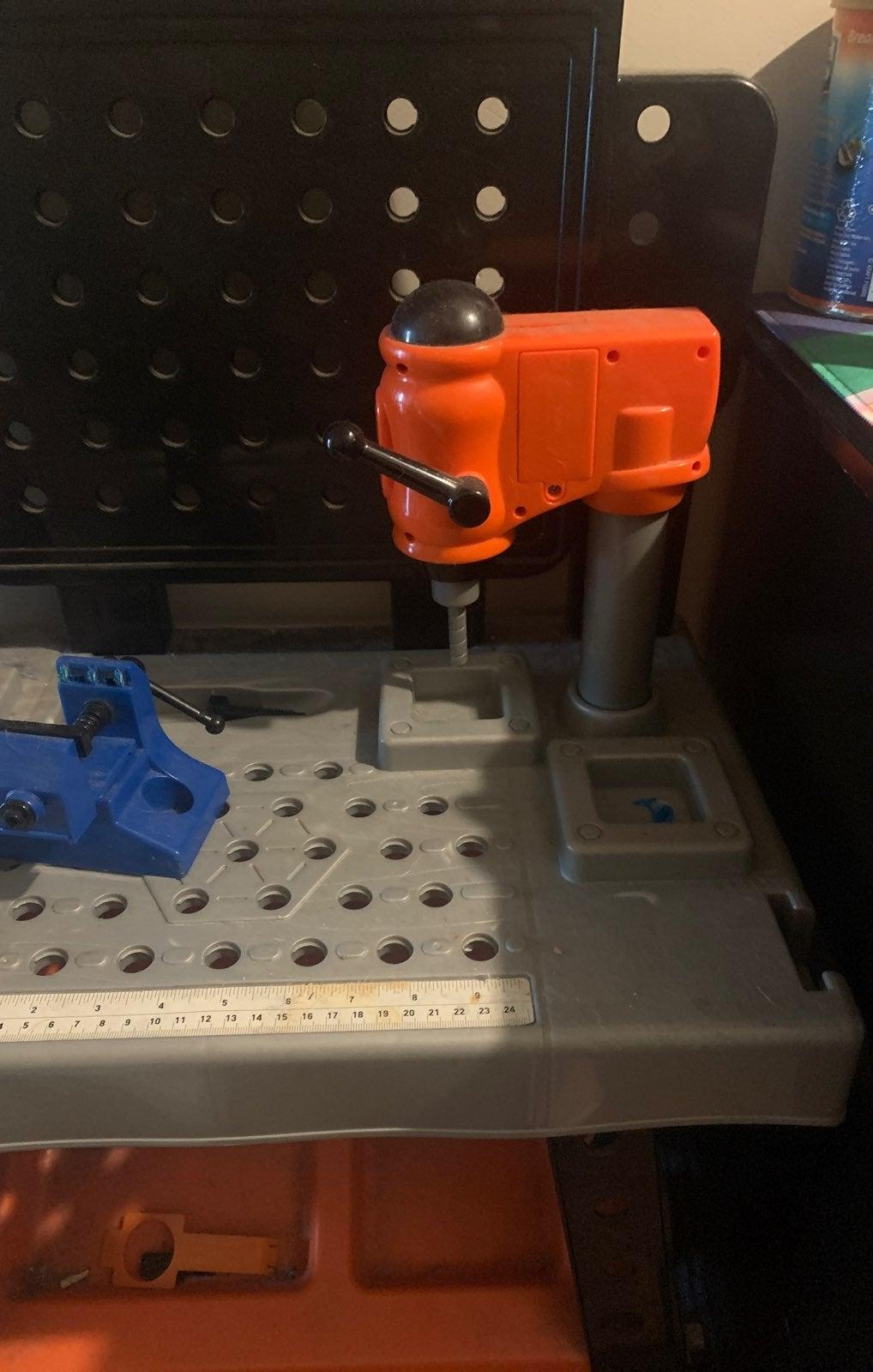 Black & decker toy tool bench