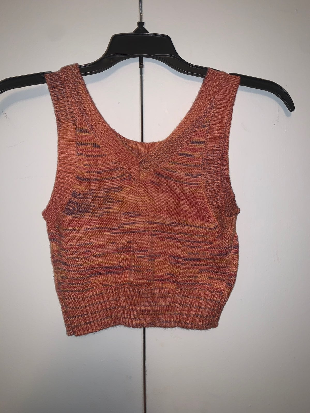 NWOT Knotted crop top (s)