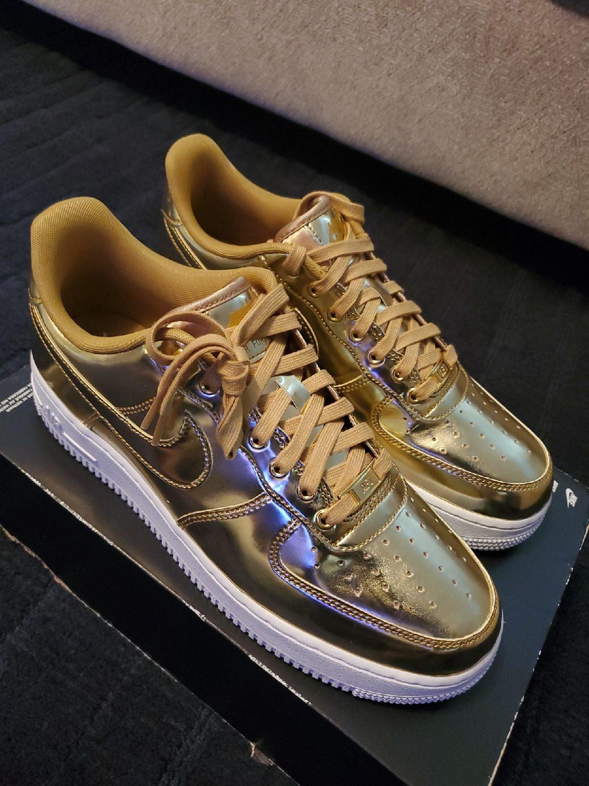 Nike Air Force 1 SP Gold CQ6566-700