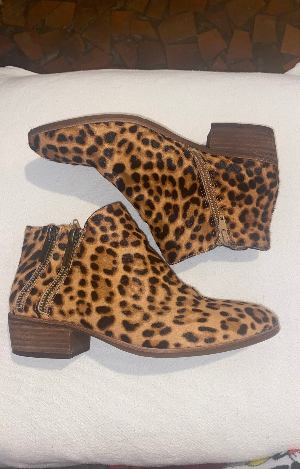 Gianni Bini Leopard Womens Booties