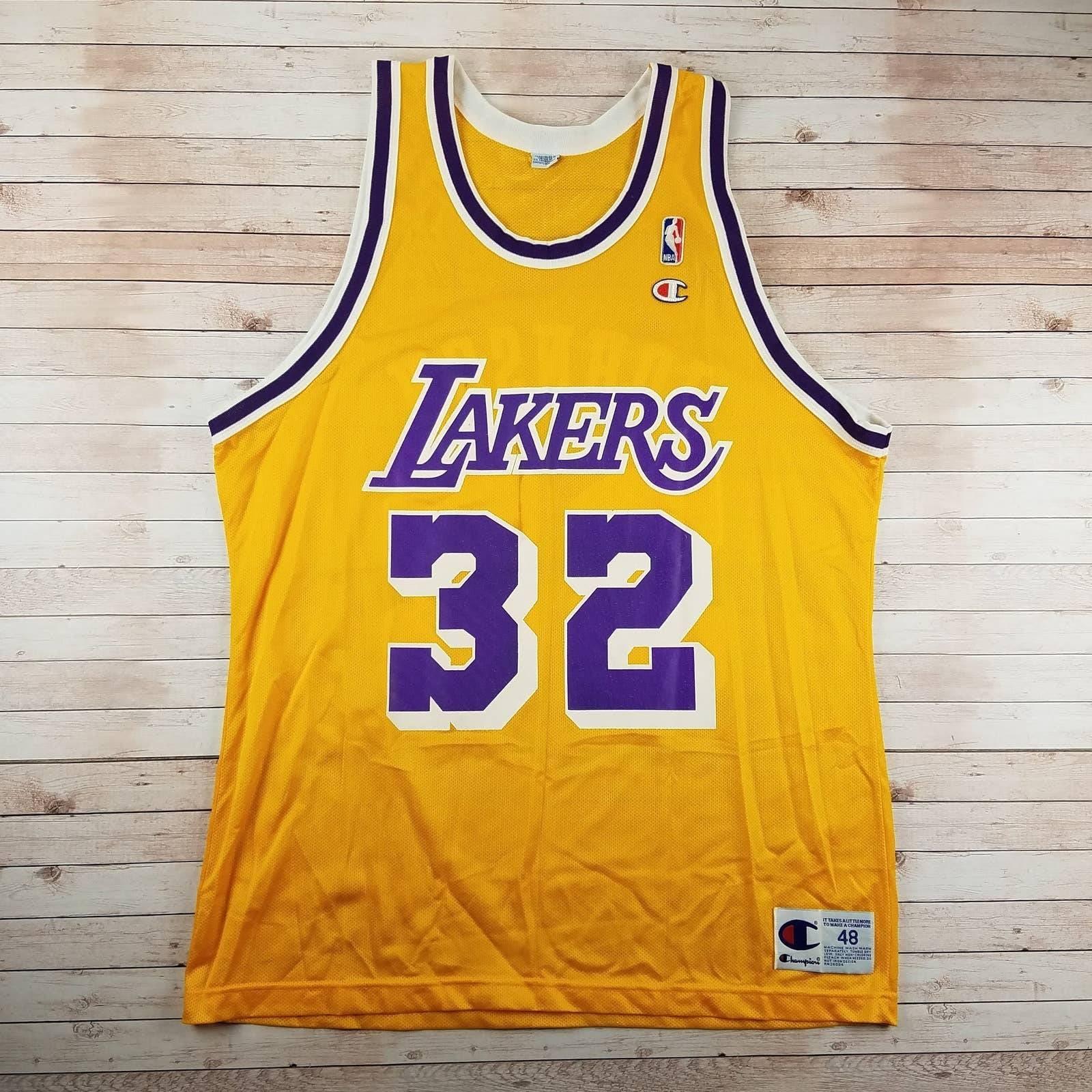 VTG 90s Magic LA Lakers Champion Jersey