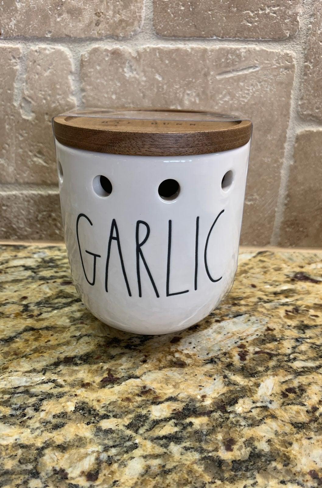 Rae Dunn Garlic canister