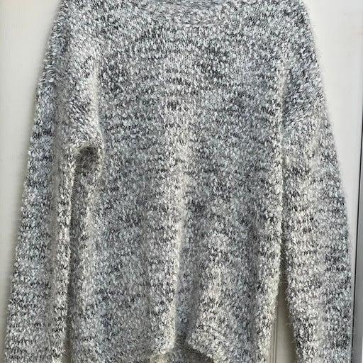 Gray, white and black eyelash sweater si
