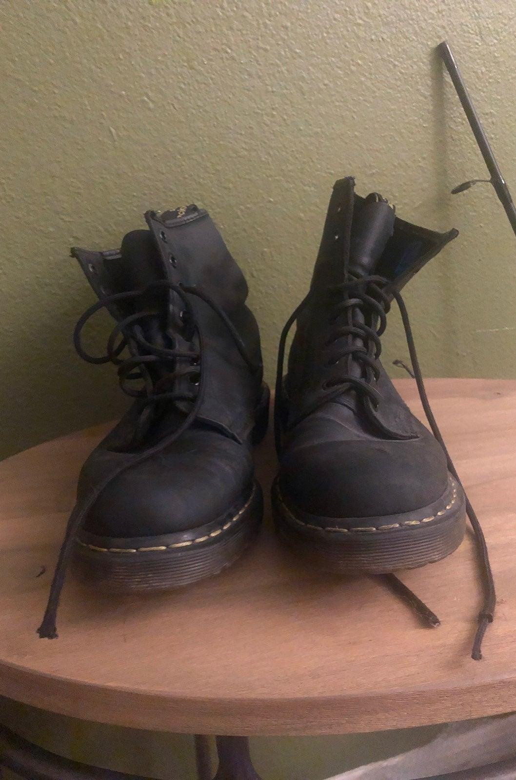 Mens doc marten Boots