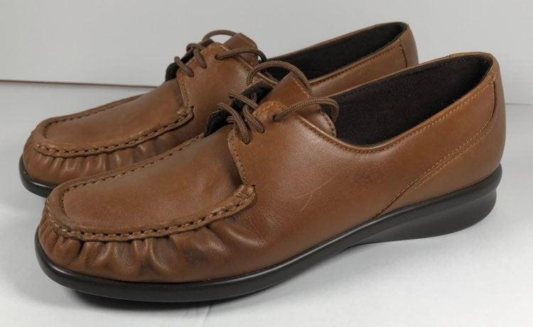 SAS Women's 7M Moccasins Brown Shoes
