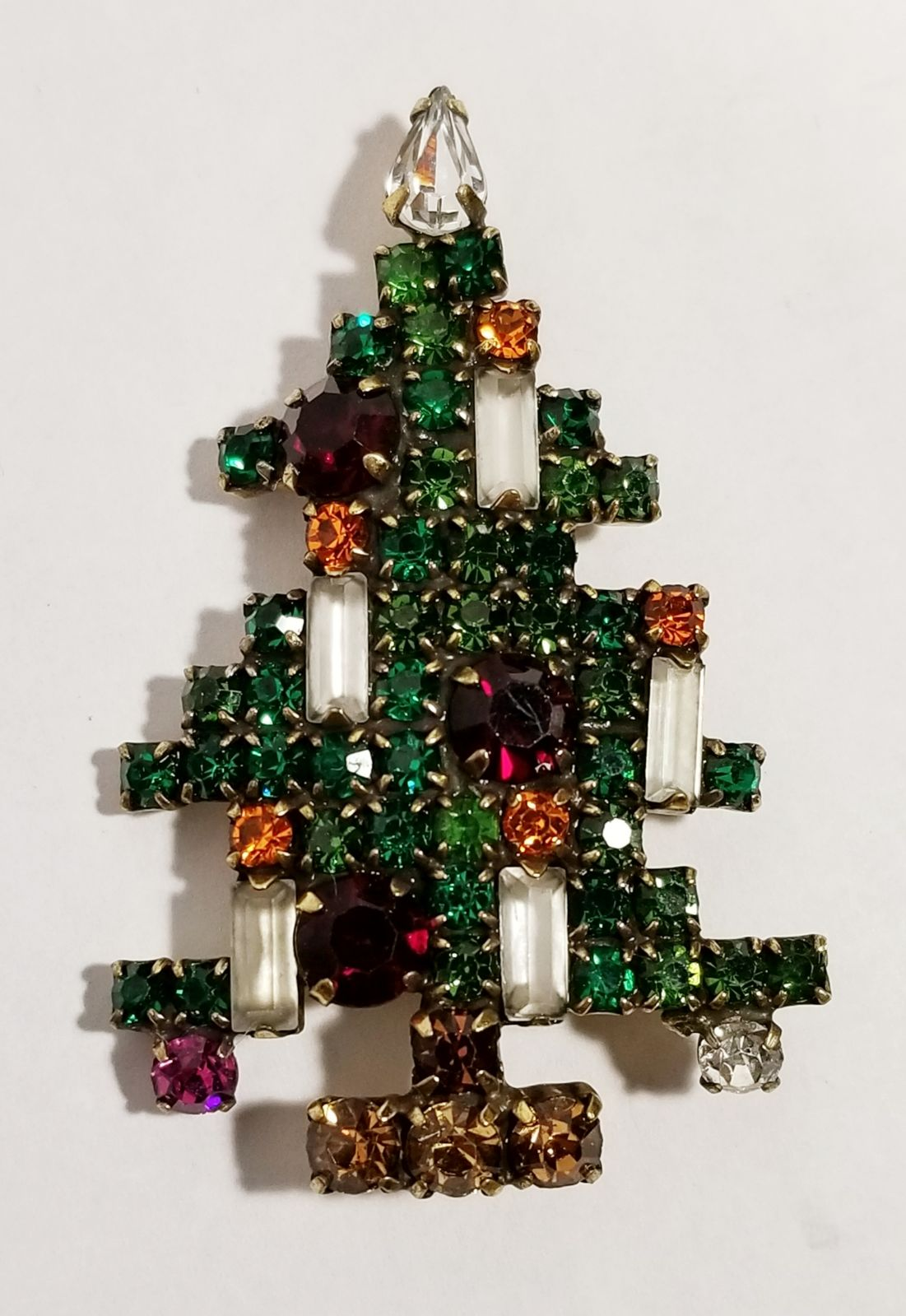 Signed Weiss Vintage Xmas Tree Brooch