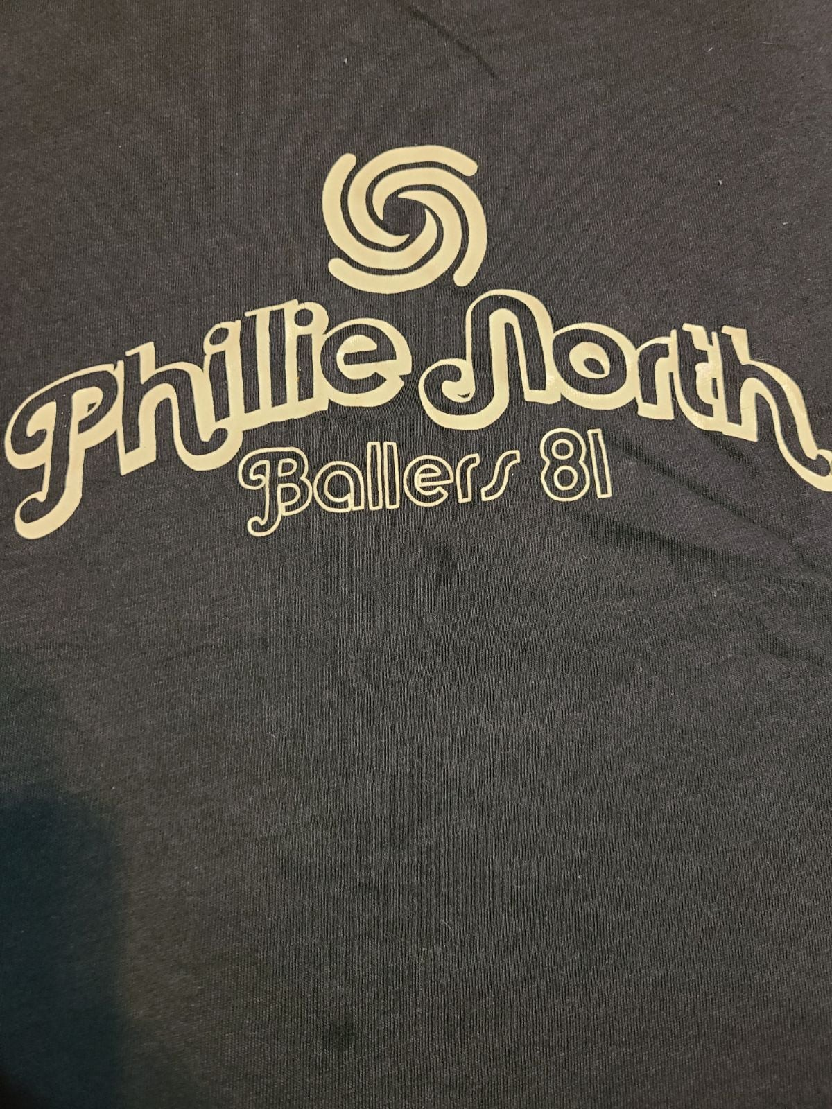 Phillies north  ballers 81 .old navy shi