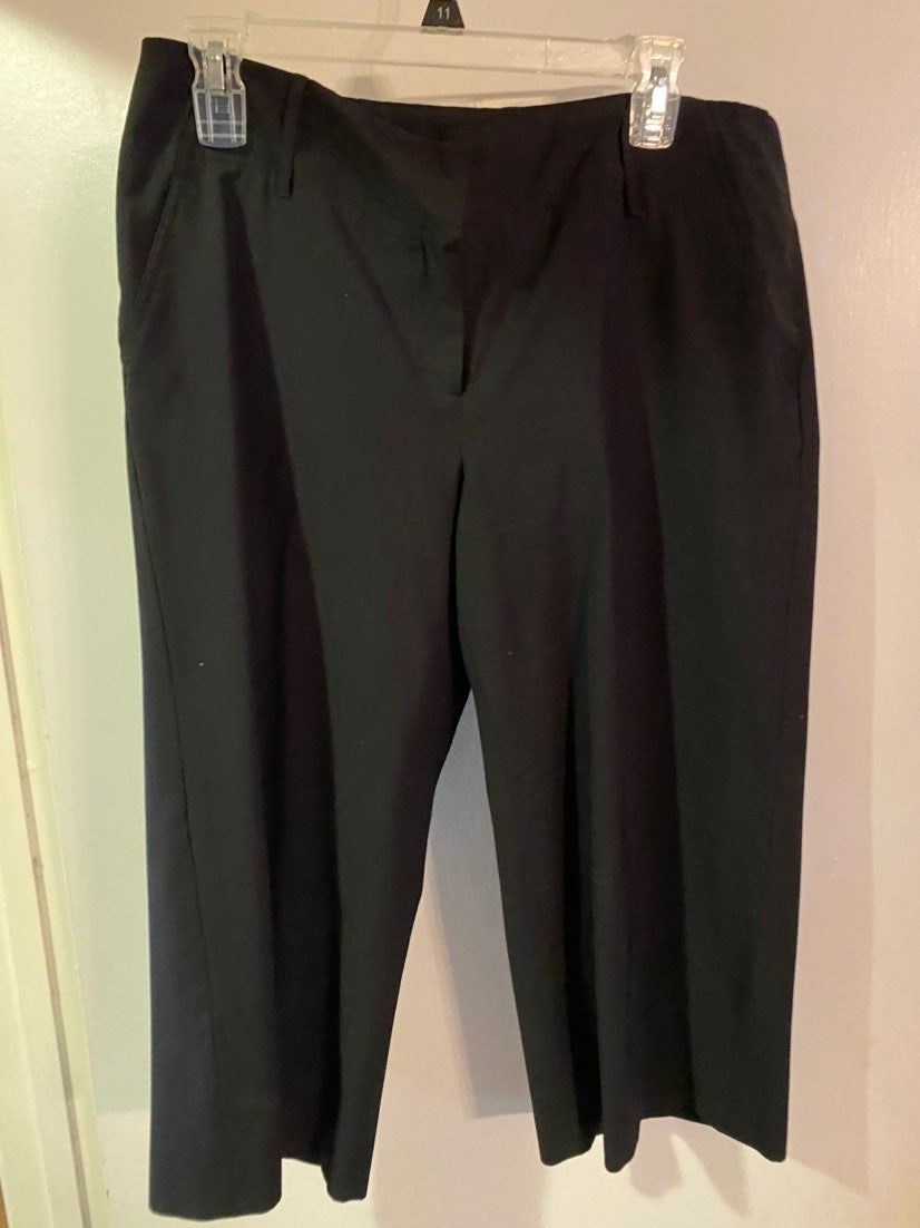 black Michael Kors Capris