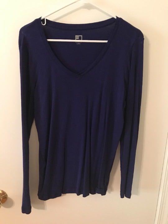 JC Penney LS V-Neck Purple Shirt - Large