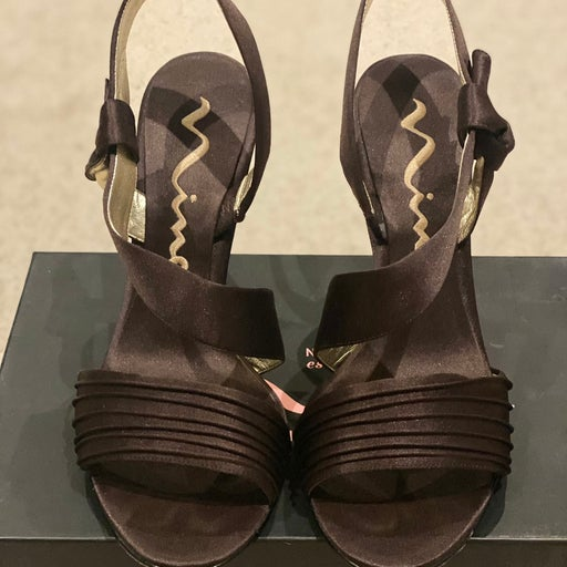 Nina Victoria Dressy Shoes Sz 8 in box