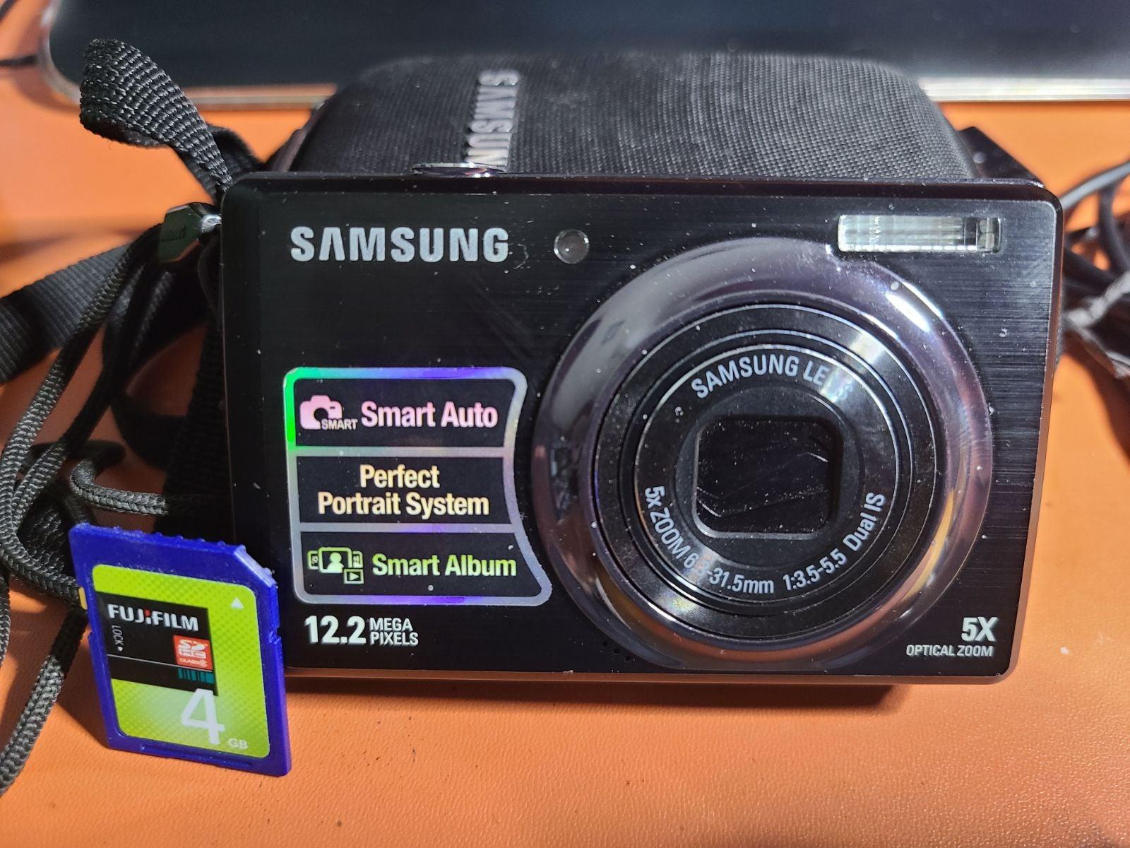 Samsung SL620 digital camera