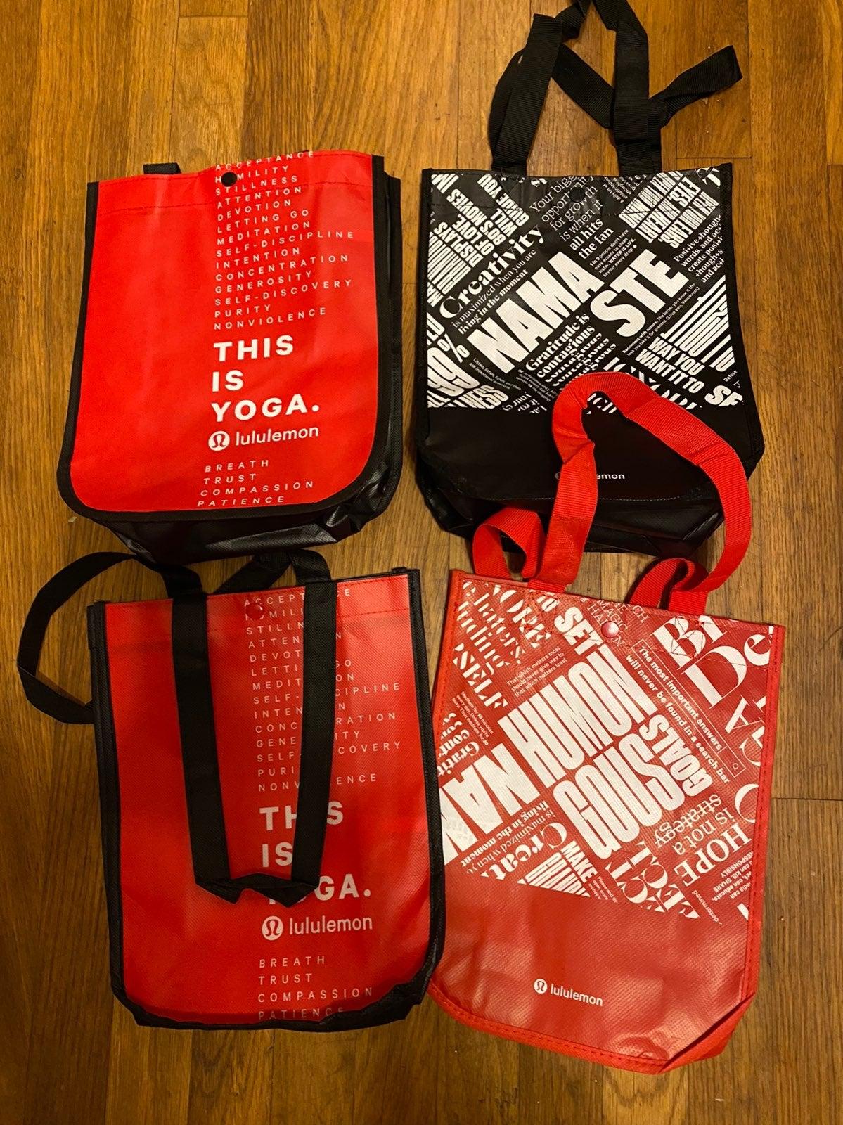 Pack of 4 lululemon bags