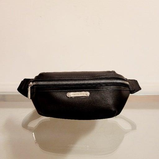 Michael Kors Leather Fanny Pack Black