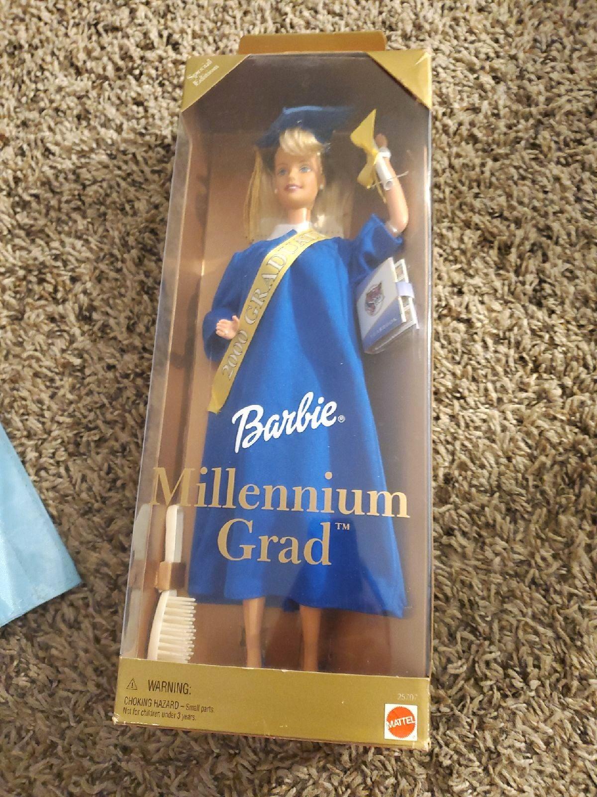 Barbie & Accessory