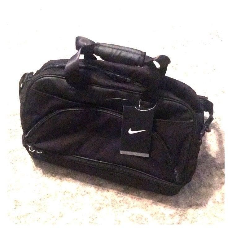 New Nike Golf Boston Bag