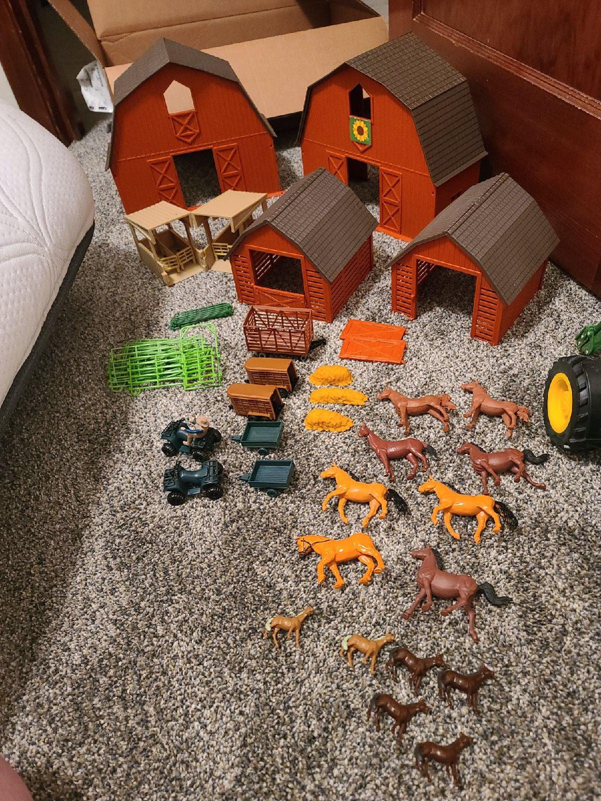 Horse Barn Set