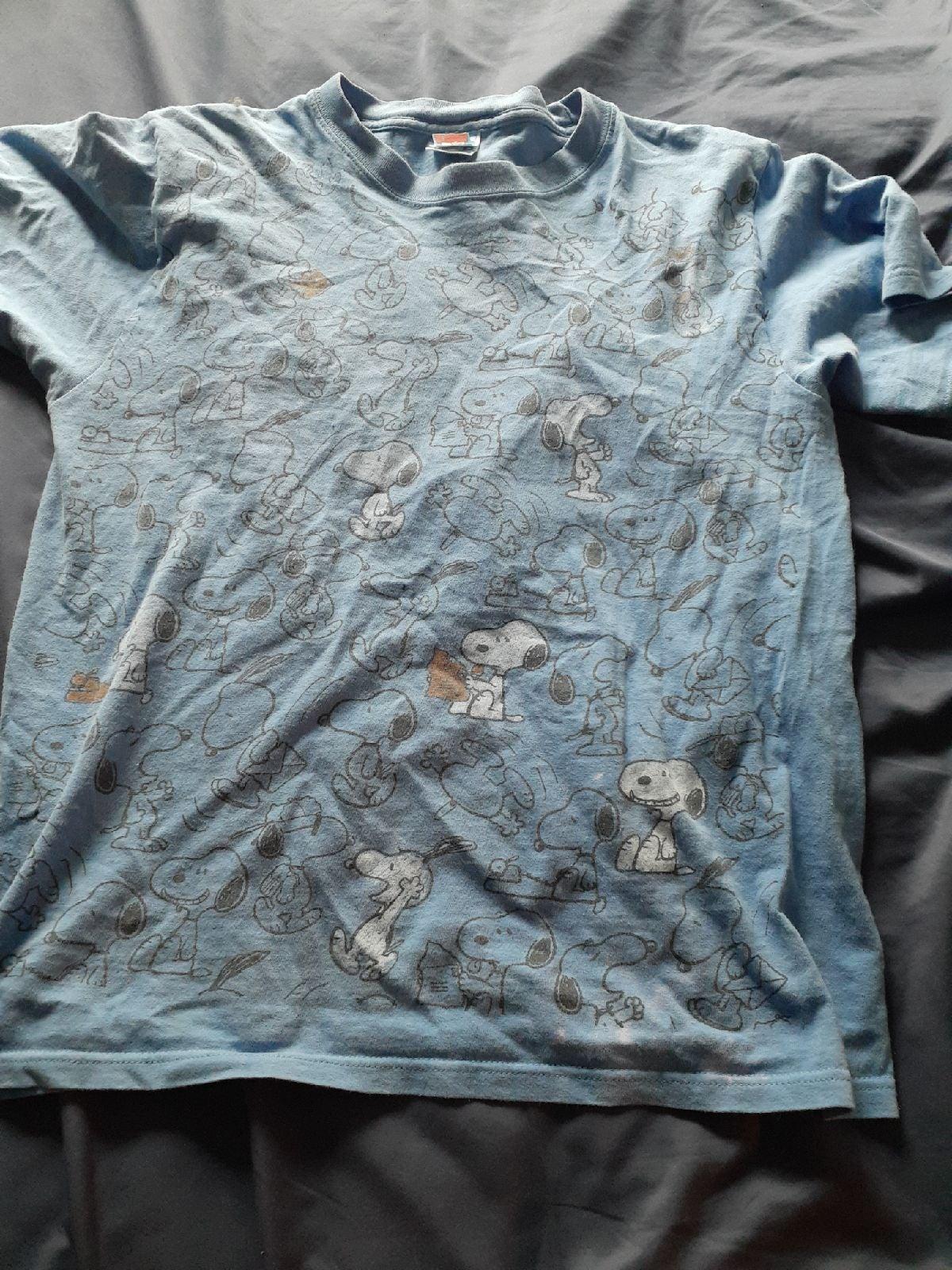 Blue peanuts snoopy t shirt