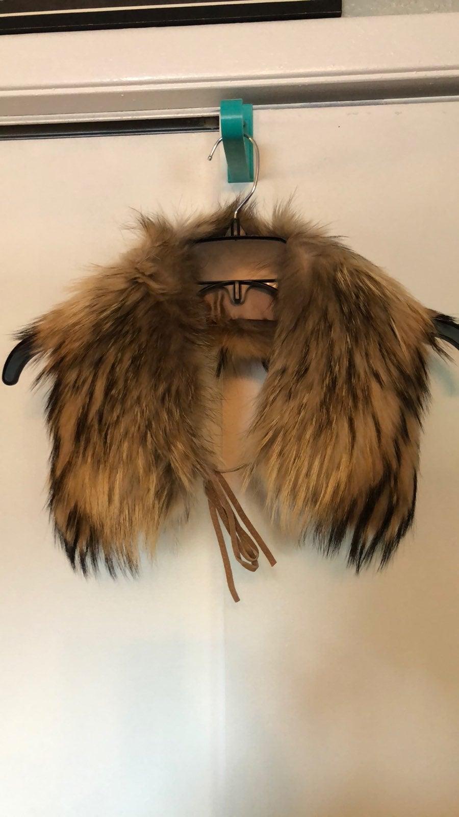 Vintage Express real raccoon fur collar.