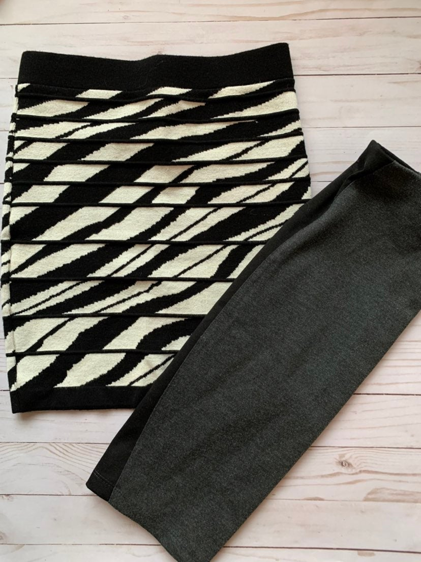2 pencil skirts size S