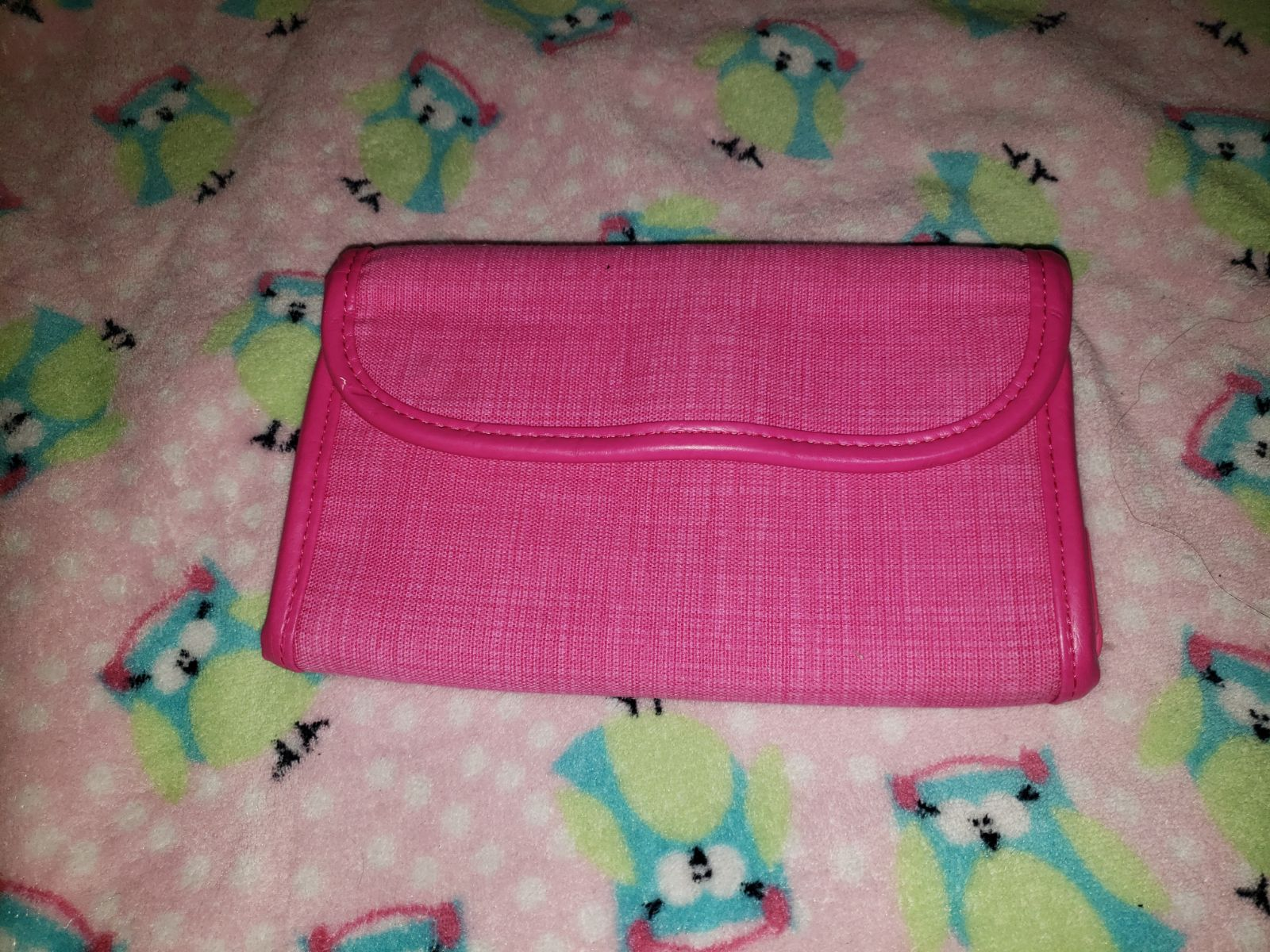 Pink thirty one wallet