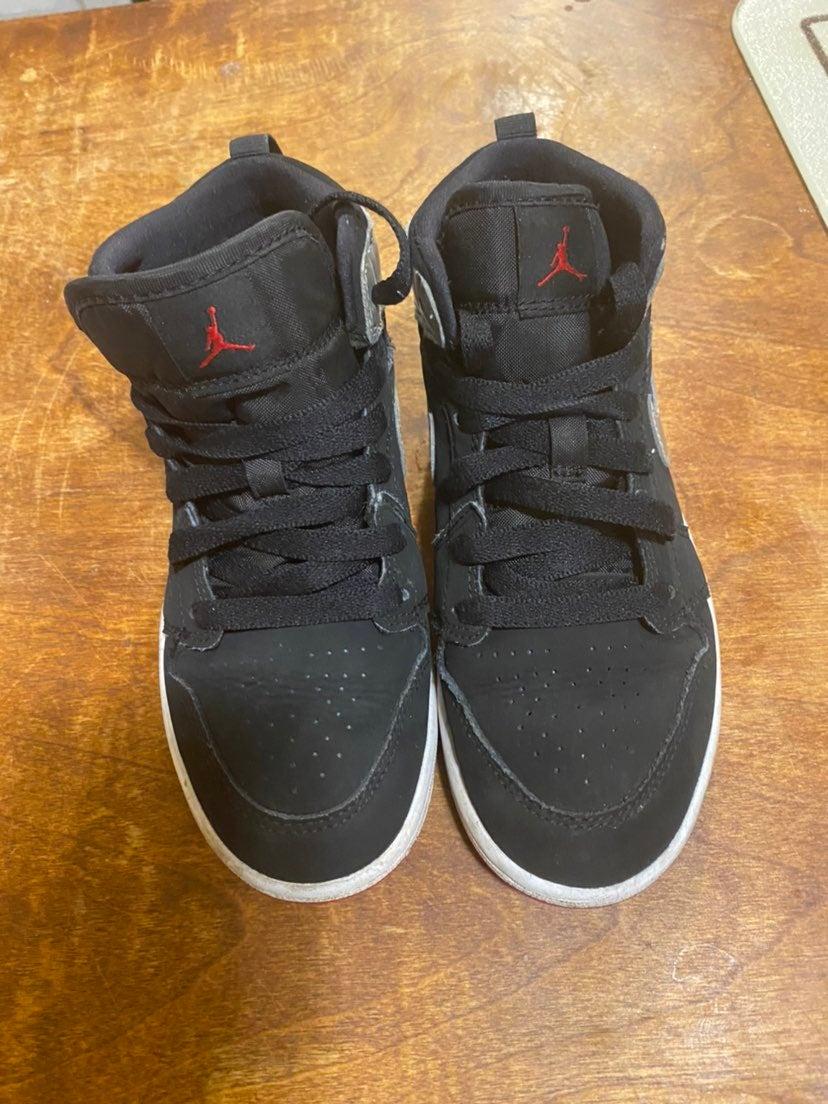 Kid's Nike Air Jordan 1Y Black Silver