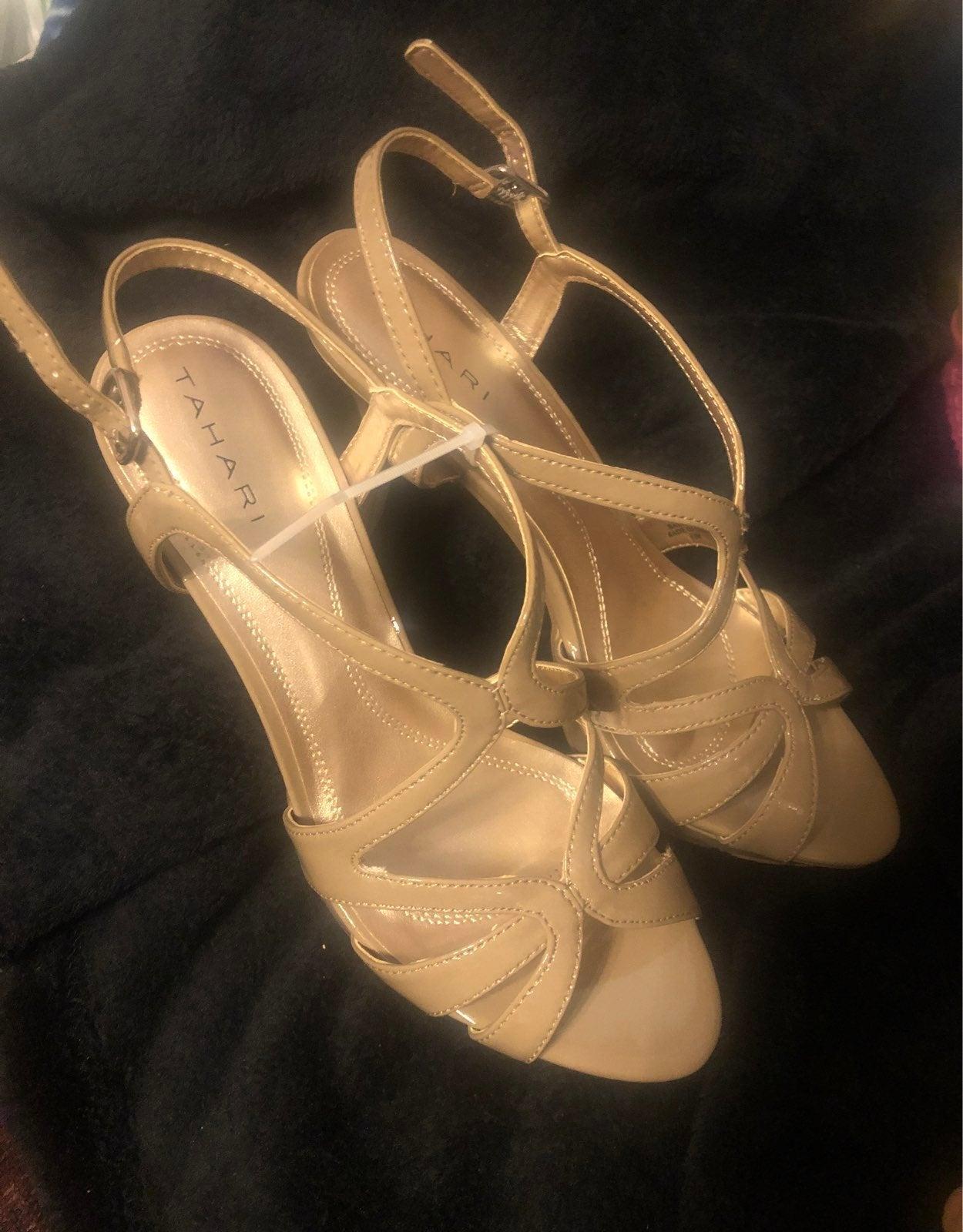 Tahari Heels 8.5