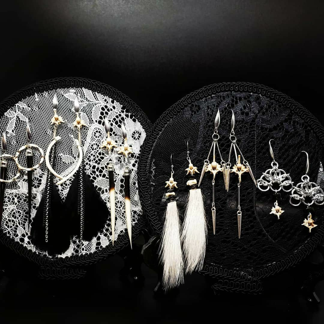 "6"" Victorian Style Lace Earring Displays"