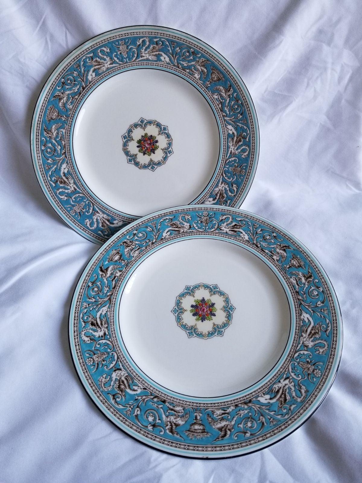 Wedgewood Florentine Dinner Plates
