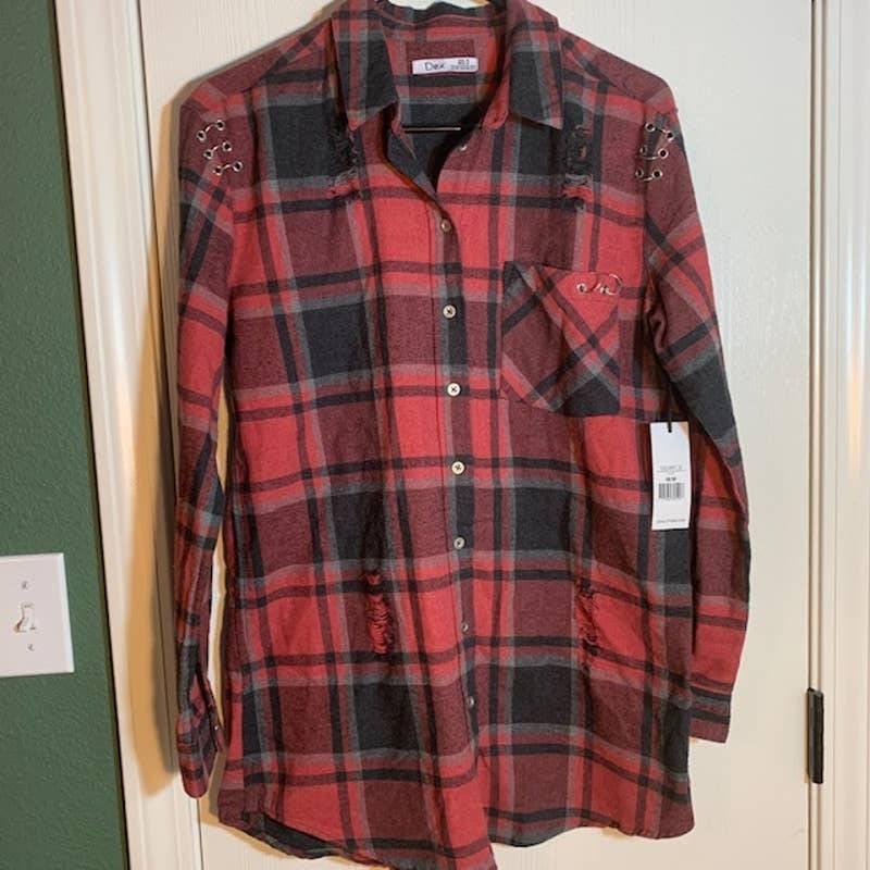 NWT  Dex Distressed Plaid Flannel Size M