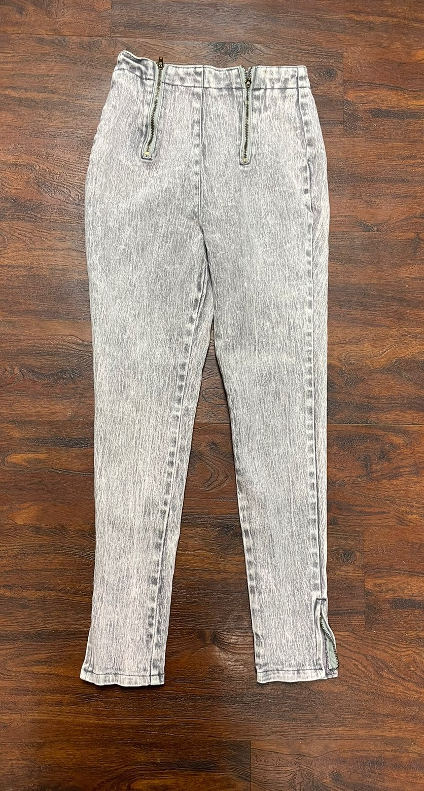 80 or 90s acidwashed jeans size 11/12 ra