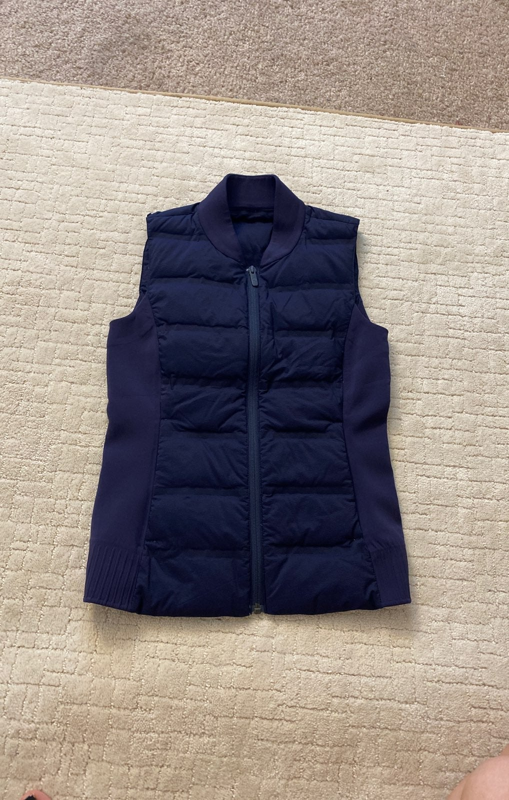 Lululemon Vest Size 2 NWOT