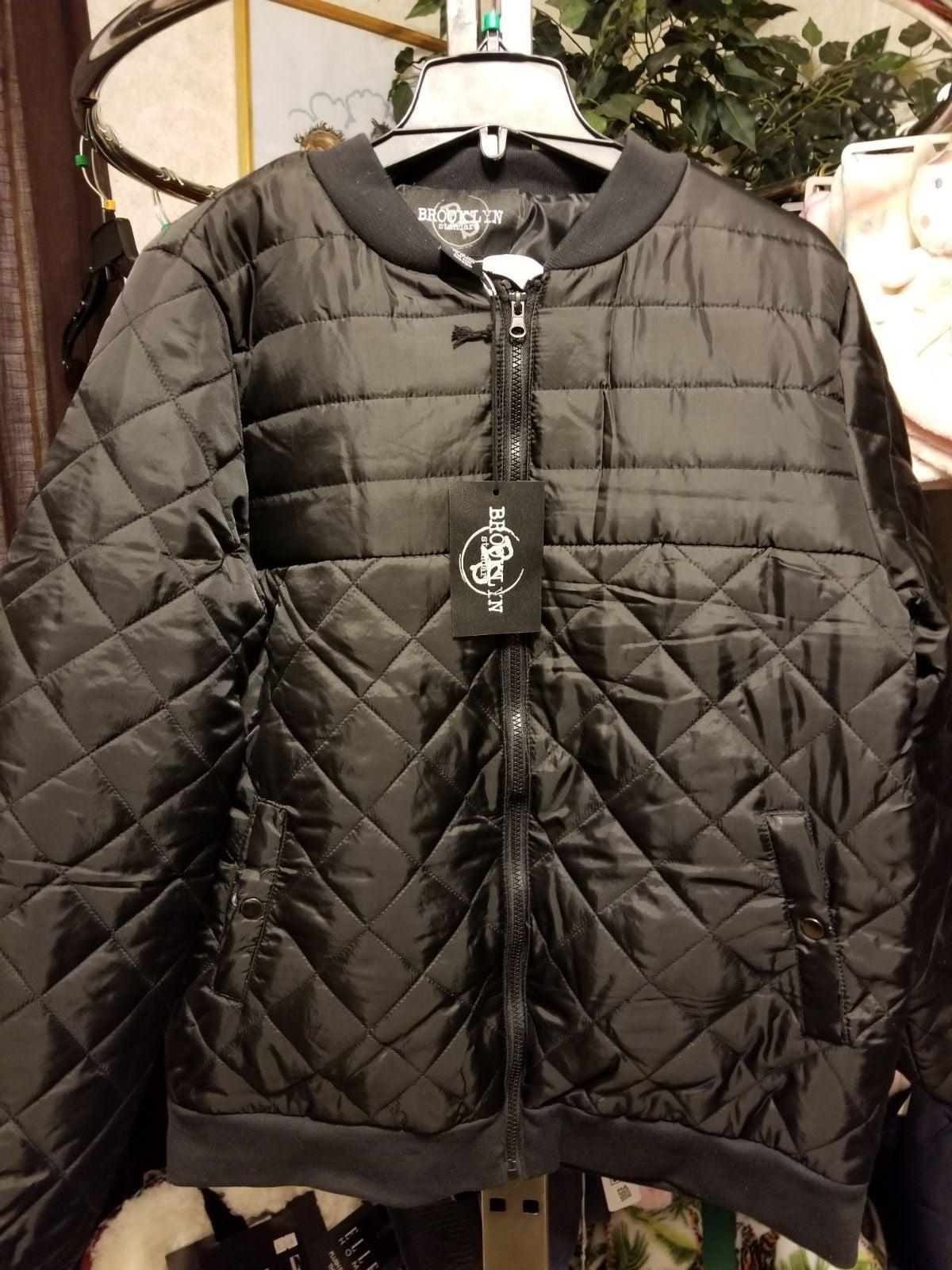 Men's PUFFER Jacket S NWT