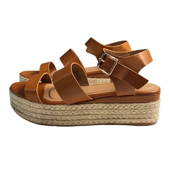 Bamboo Sandals. Size 9