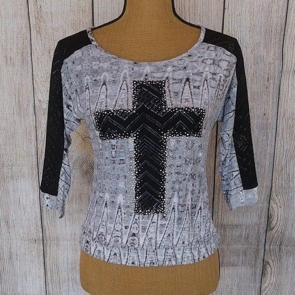 Vanity Sequin Cross 3/4 Lace Sleeve Top