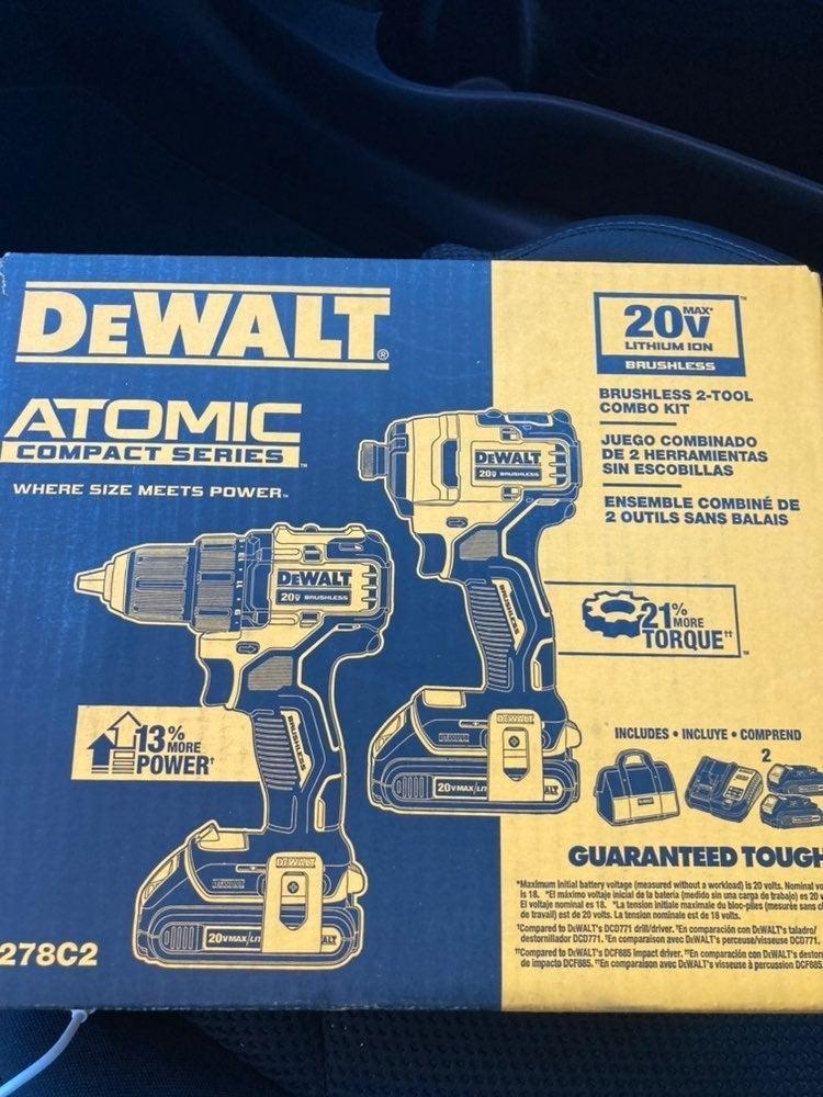 Dewalt atomic seris two tool combo set.