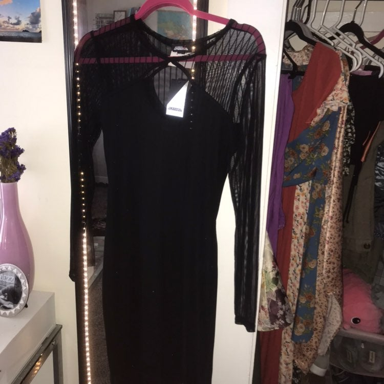Black sleek long sleeve dress